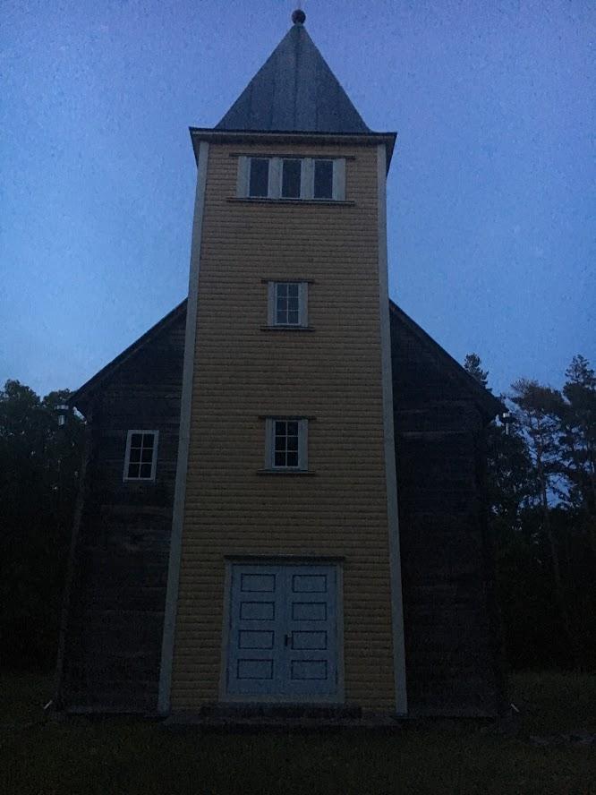 naissaare kirik